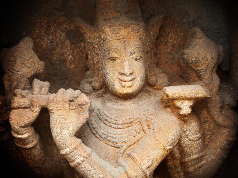 Vishnu, dieu-roi et sauveur
