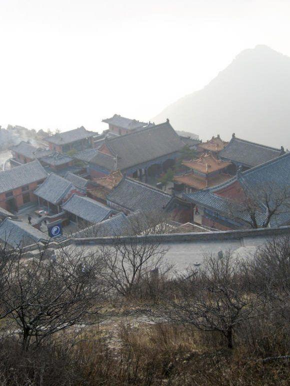 Confucius à l'ombre du Mont Tai Shan