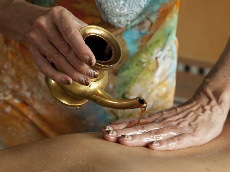 Ces savoirs ancestraux que sont l'ayurveda et l'aromathérapie
